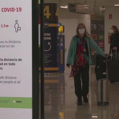 Matkailijat saapuivat Mallorcan lomasaarelle, katso mietteitä matkailun avaamisesta