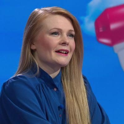 """Saara Turunen: """"Taiteilijuus vaatii omistautumista"""""""