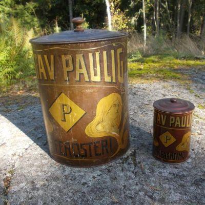 Stor och liten kaffeburk från krigstiden