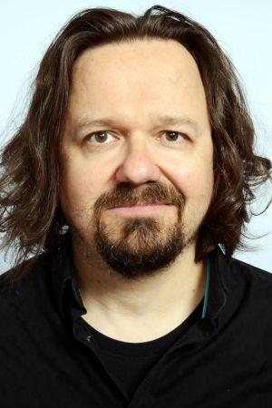 CMX:n kitaristi Janne Halmkrona