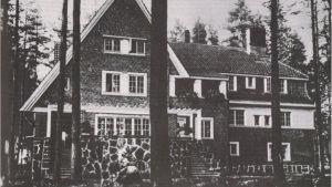 Gammal bild av Villa Sellgren.