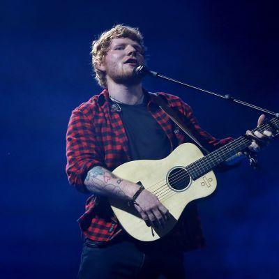 Mies ja kitara