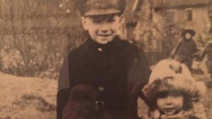 Magnus Bratten (som liten på bilden) var spion i Finland på 1950-talet.