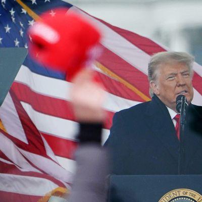 Donald Trump tammikuun 2021 alussa.
