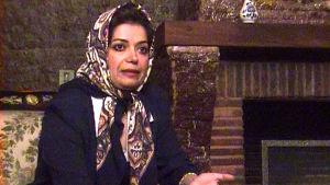 Suheila Tabekoli dokumentissa Ulkolinja: Iran huivin alta (1999)