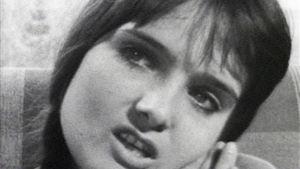 Kristiina Halkola tv-elokuvassa Kotona (1970).