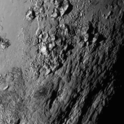 Plutos yta sedd från rymdsonden New Horizons.