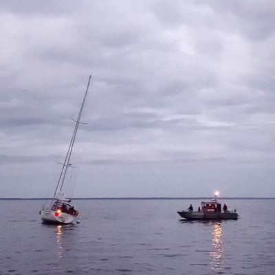 Bogseringsuppdrag i Skärgårdshavet.