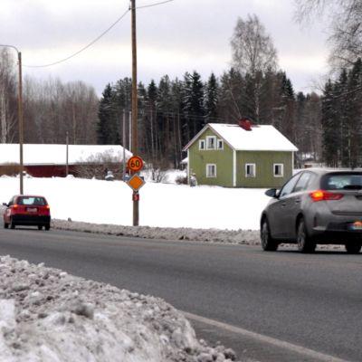Viitostie kulkee muun muassa Mikkelin Visulahdessa.