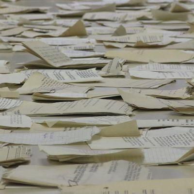 Stasis sönderrivna dokument pusslas ihop