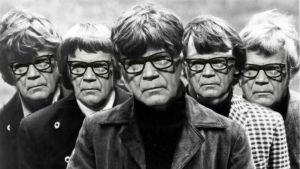 BeeGees med Kekkonens ansikte inklippt på alla