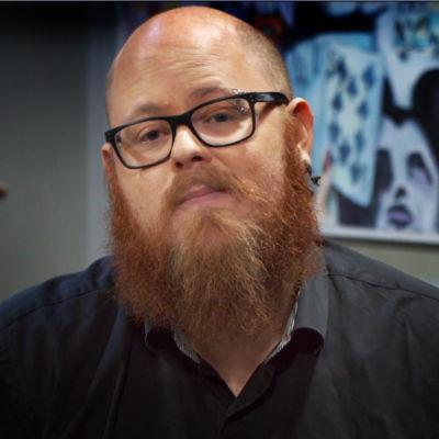 Björn Karlsson från Kontroller, bild med vinjett