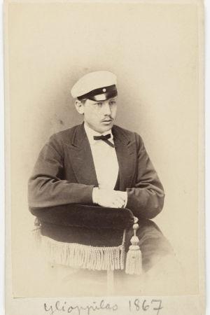 Axel Gabriel Bergbom ylioppilaskuvassa vuonna 1867