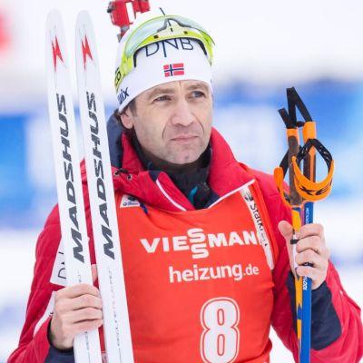 Ole Einar Bjørndalen till vänster och Stina Nilsson till höger.