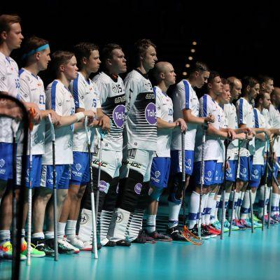 Suomen salibandymaajoukkue MM-kisoissa 2018.