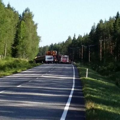 Trafikolycka på riksväg 8 i Sastmola 28.6.2016.