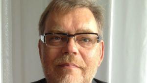 Anestesiologian ja palliatiivisen lääketieteen dosentti Reino Pöyhiä
