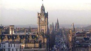 Vy över Edinburgh i Skottland