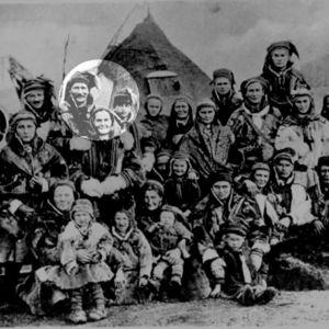 En grupp samer på utställning i Tyskland år 1930.