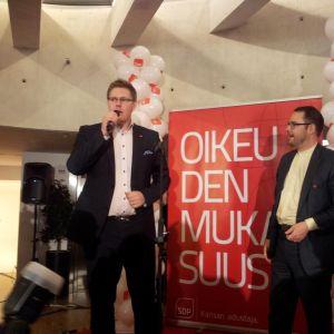 Sdp:s röstkung i Vanda Antti Lindtman