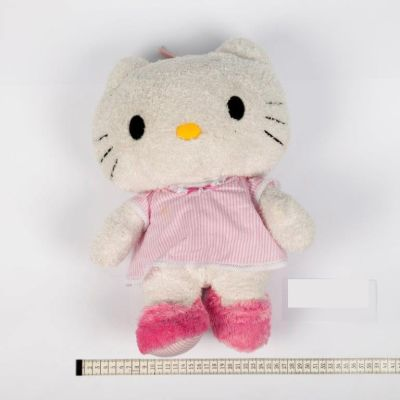 Hello Kitty-pehmolelu.