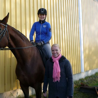 Hevonen ja ratsastaja.