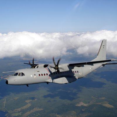 ilmavoimien CASA C-295M -lentokone.