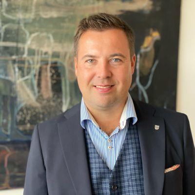 Seinäjoen kaupunginjohtaja Jaakko Kiiskilä ensimmäisenä työpäivänään