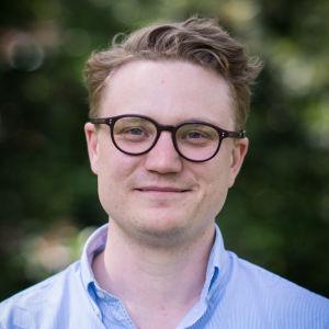 Porträtt på forskarassistent Fredrik Wermeling.