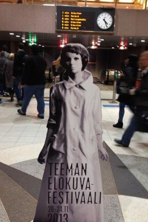 Edith Scob elokuvasta Silmät ilman kasvoja oli Teeman elokuvafestivaalin 2013 tunnushahmo.