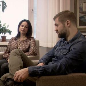 Kristiina ja Jukka parisuhdeterapeutilla