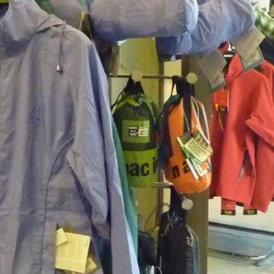 sadevaatteita takki sadetakki