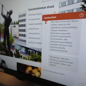 Kuva tietokoneen ruudusta, jossa näkyy virtuaaliassistentti Kunta-Kati