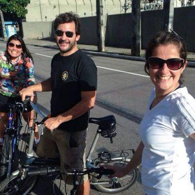 Polkupyöräilijöitä.