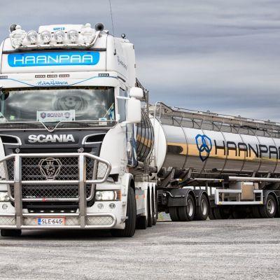 76-toninen
