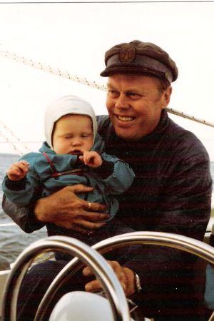 Juontaja Tom Nylund purjehtii vauvana isoisänsä kanssa