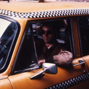 Taksikuski. Ohjaus Martin Scorsese. Kuvassa Robert De Niro.