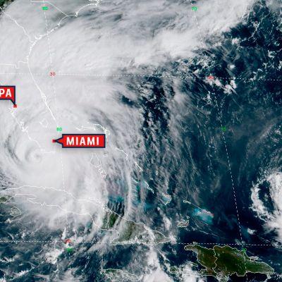 Satelliittikuva hurrikaani Irmasta Floridan ylllä.