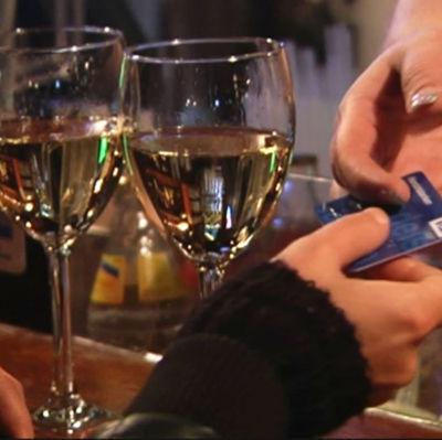 Vin betalas med betalkort