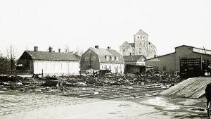 Området kring Åbo slott efter bombningar under vinterkriget.