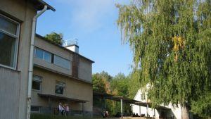Fiskarin koulu i bruket.