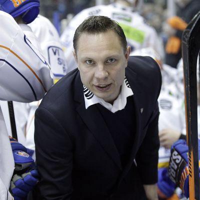 Jussi Tapola kuvassa
