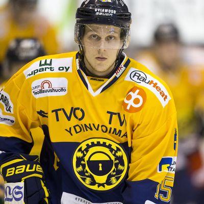 Toni Suuronen, Lukko #15
