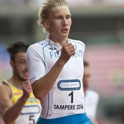 Samuli Samuelsson Ruotsi-ottelussa vuonna 2016