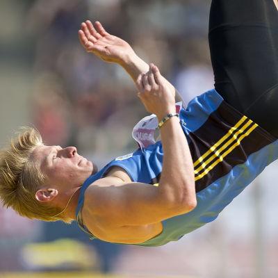 Otto Ylöstalo hoppar höjd, Kalevaspelen 2016.