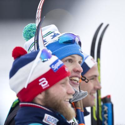 Martin Johnsrud Sundby, Iivo Niskanen och Niklas Dyrhaug medaljtrio 15 km, VM 2017.