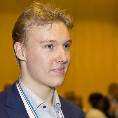 Aapeli Räsänen är ett framtidslöfte i finsk ishockey.
