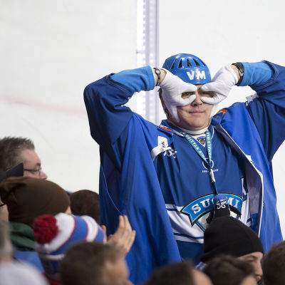 Finländsk ishockeysupporter
