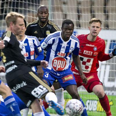 HJK och SJK hör till fotbollsligans största mästarkandidater.
