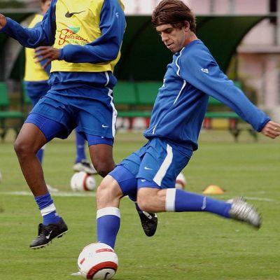 Juninho Pernambucano Brasilian maajoukkueen harjoituksissa 2004.
